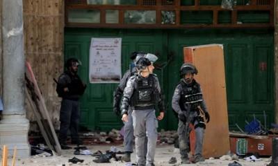 قوات-الاحتلال-تصادر-كافة-مفاتيح-المسجد-الأقصى-بعد-اقتحامه