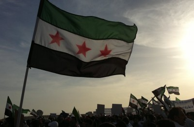 مظاهرات-مفاجئة-في-درعا-عاشت-سوريا-ويسقط-الأسد