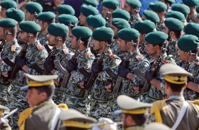 قائد-الجيش-الإيراني:-لن-نعتمد-على-الدفاع-ولدينا-هجوم-مدمر