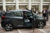 السيارات-الكهربائية-أكثر-كفاءة-من-تلك-العاملة-بالوقود
