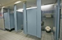 أمراض-تنتقل-عبر-المراحيض-العمومية..-كيف-يمكن-تجنبها