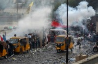 تصاعد-الاحتجاجات-بالعراق..-وسجال-حاد-حول-استقالة-الحكومة