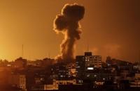 الاحتلال-يقصف-أهدافا-بغزة-بذريعة-إطلاق-صواريخ