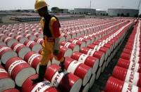 النفط-يستقر..-والأسواق-تترقب-اتفاق-تثبيت-الانتاج