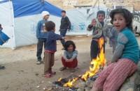 البرد-والجوع-يجتمعان-على-اللاجئين-السوريين-في-عرسال