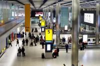 تكنولوجيا-بالمطارات-لفحص-السوائل-واللابتوب-داخل-الحقائب