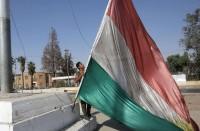 بغداد-توجه-بإنزال-علم-كردستان-من-مقرات-الأحزاب-بكركوك