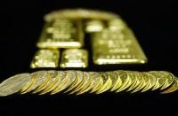 الذهب-والدولار-يواصلان-الارتفاع..