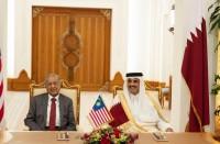 أمير-قطر-يختار-مهاتير-محمد-شخصية-العام-بمنتدى-الدوحة