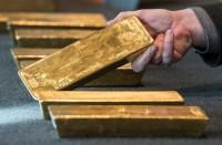 ارتفاع-الذهب-وتراجع-الدولار-عقب-إرجاء-اتفاق-التجارة
