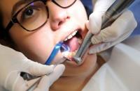 7-طرق-منزلية-بسيطة-لتبييض-أسنانك-بشكل-طبيعي