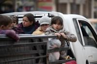 نازحون-يخاطرون-بمغادرة-المخيمات-إلى-إدلب-خوفا-من-كورونا