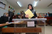 الأتراك-يصوتون-في-الانتخابات-المحلية-وسط-تنافس-سياسي-كبير