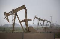 النفط-يعوض-خسائره-بعد-هبوط-حاد-للمخزونات-الأمريكية