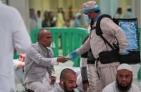 مستشفيات-السعودية-توزع-ماء-زمزم-على-مصابي-كورونا
