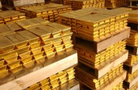 الذهب-يستفيد-من-خسائر-الدولار-ويتجه-لمكاسب-أسبوعية