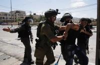 الاحتلال-يعتقل-18-فلسطينيا-بينهم-حارس-في-المسجد-الأقصى