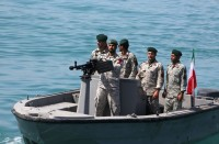 عسكري-إيراني:-سنغرق-سفن-أمريكا-الحربية-بـأسلحة-سرية