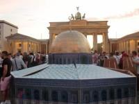 مجسمات-كبيرة-للأقصى-والقدس-بفعالية-تضامنية-ببرلين