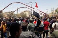 محتجون-عراقيون-يواصلون-اعتصاماتهم-لليوم-الثالث
