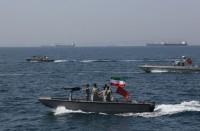 إيران-تحتجز-7-قوارب-صيد-بخليج-عمان-على-متنها-24-أجنبيا
