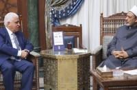 رئيس-الحشد-الشعبي-يجتمع-مع-شيخ-الأزهر-في-القاهرة