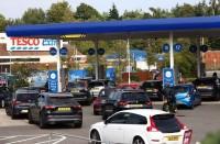 أزمة-على-الوقود-في-بريطانيا-والحكومة-توضح-السبب
